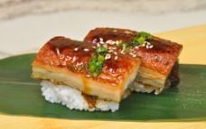 厚鳗寿司图片