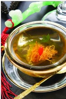 黄芩炖海参精图片