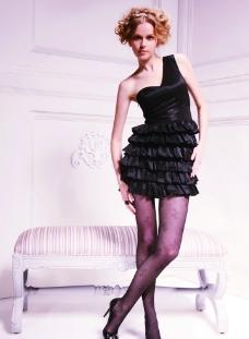 时尚短礼服黑丝美女图片