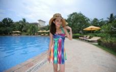 泳衣美女图片