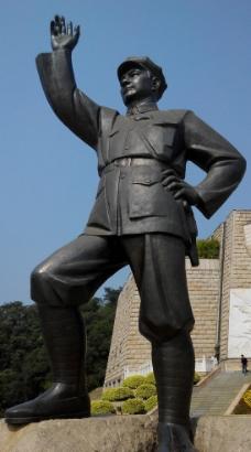 邓小平雕像图片