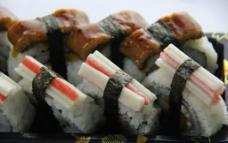 蟹柳鳗鱼寿司图片