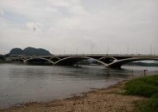 解放桥图片